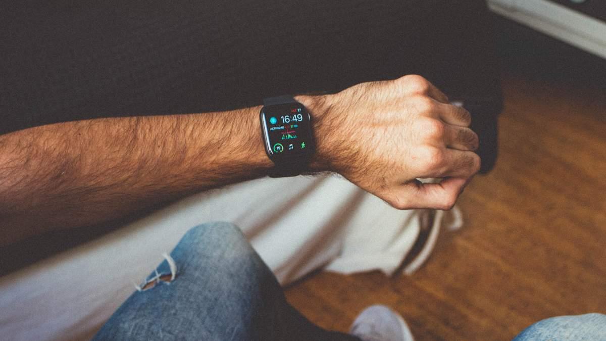Продажі Apple Watch стрімко падають з кожним роком: висновки аналітиків