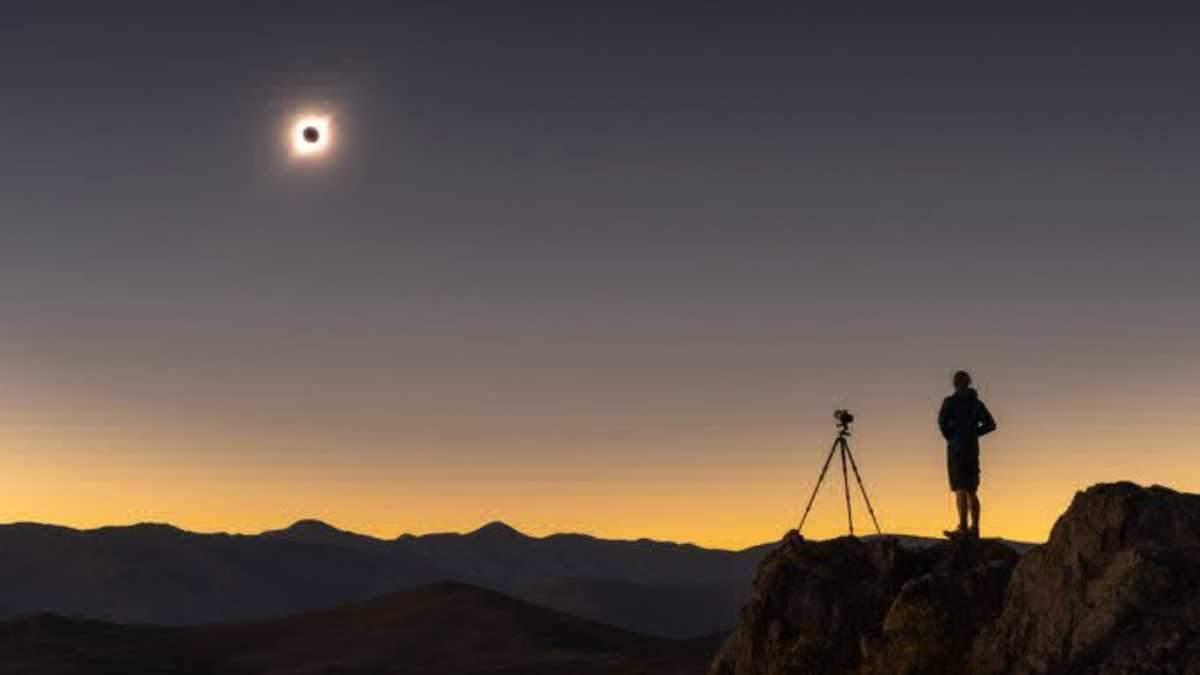 Солнечное затмение 2019: яркие фото и видео с Земли