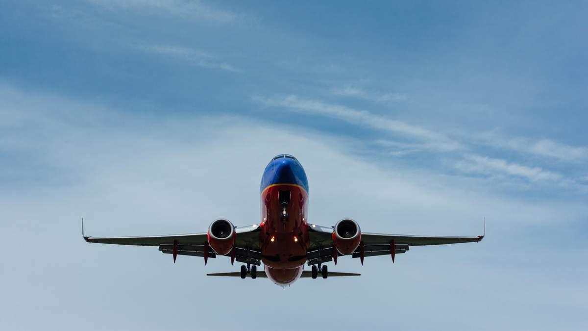 Автопілот вперше посадив літак без участі людини
