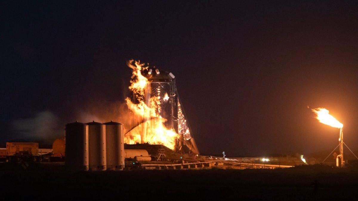 Прототип корабля SpaceX загорівся під час випробувань: відео
