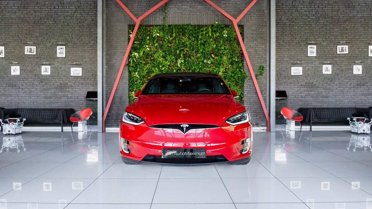 Сервісний центр Tesla запрацював у Польщі