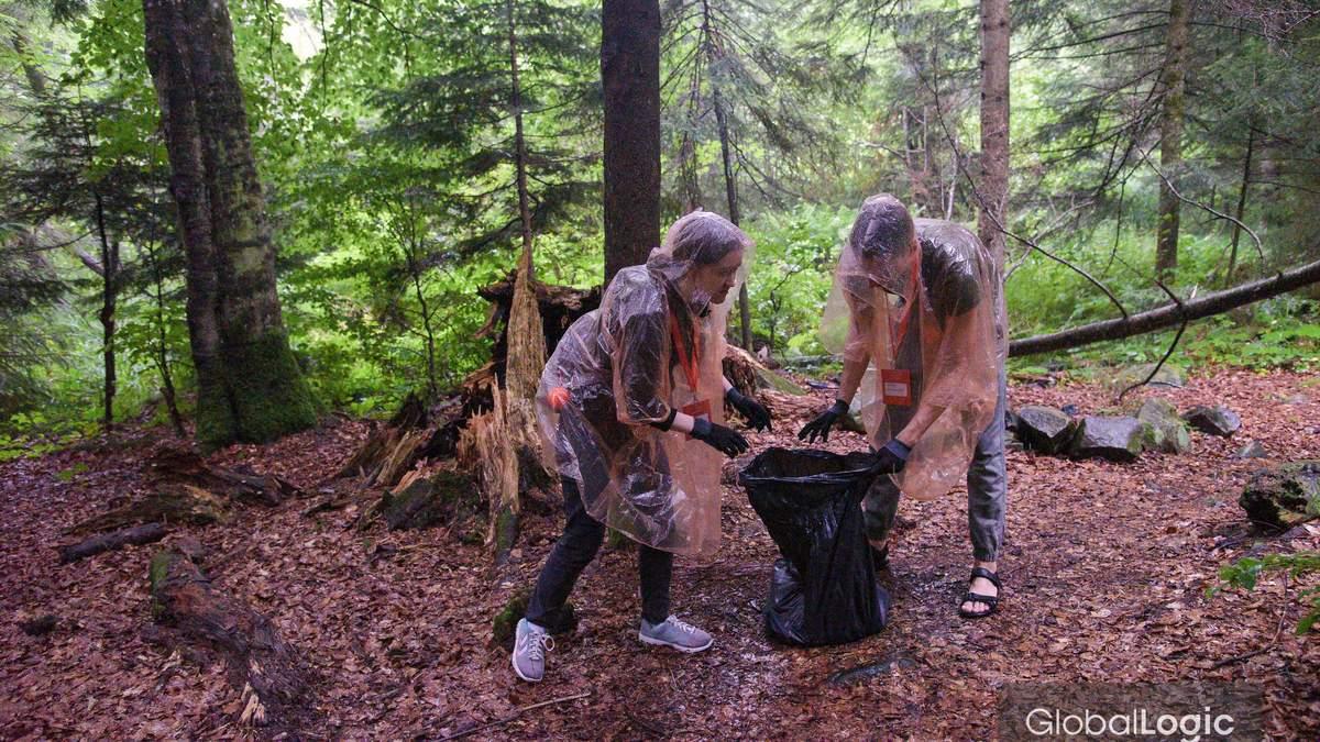 Зробимо Україну чистішою: як додаток EcoHike допомагає боротись із сміттям