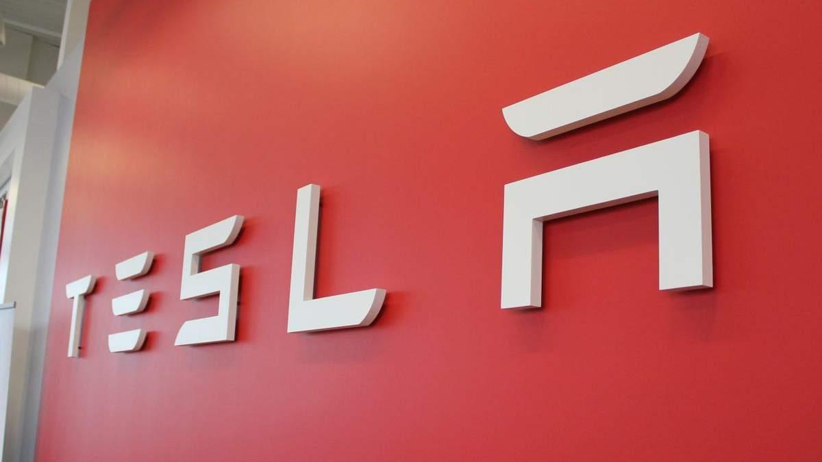 Tesla представила електростанції майбутнього