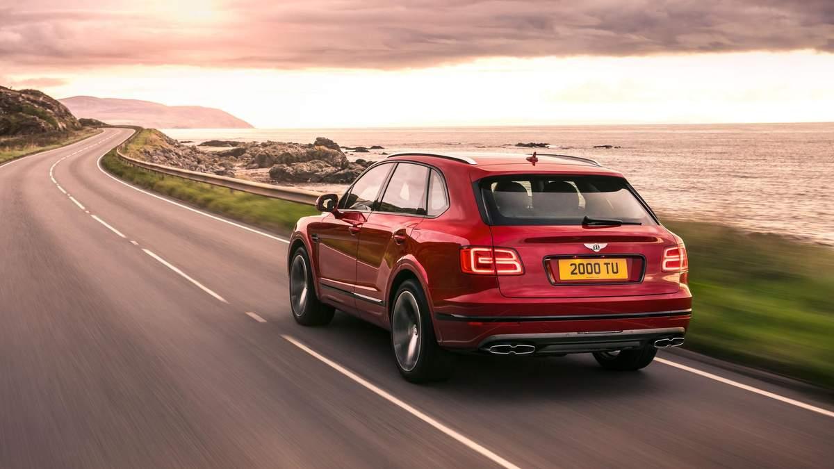 Bentley анонсировала премиальный гибридный электрокар Bentayga