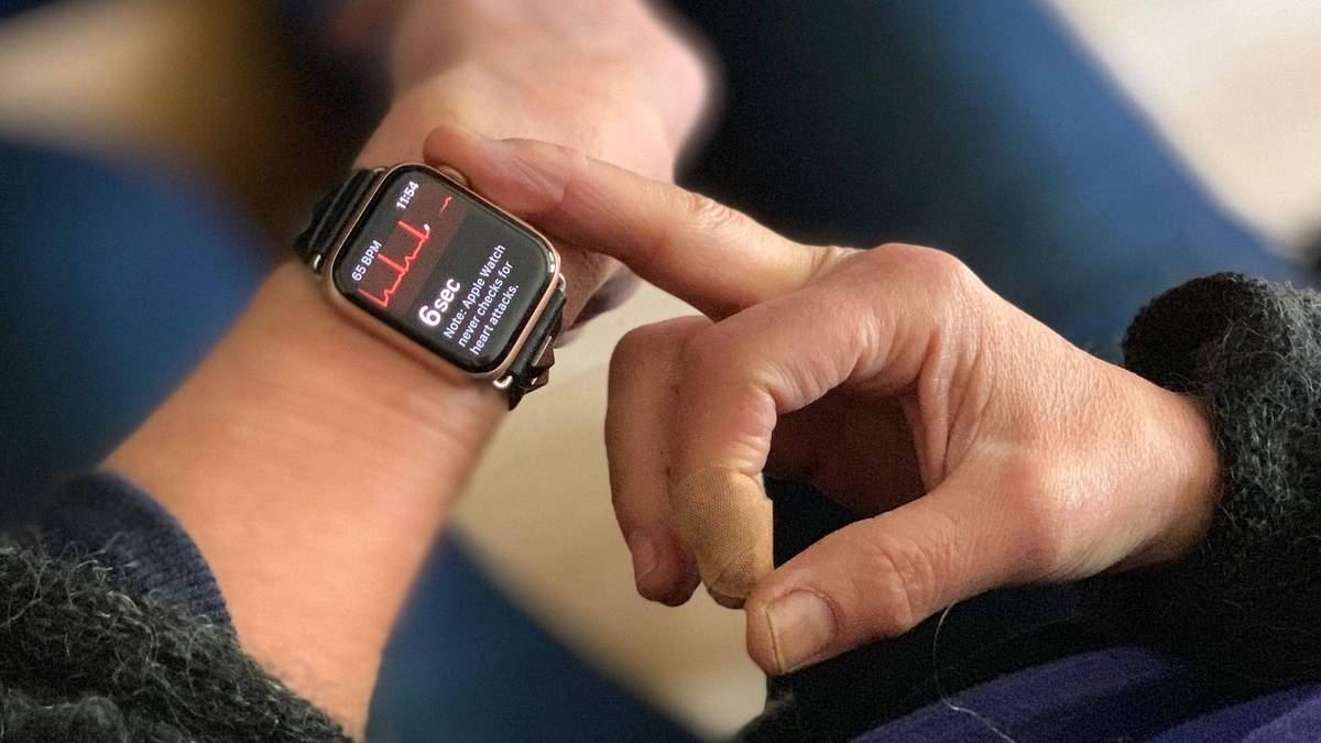 Не такие уж и полезные: врачи-кардиологи раскритиковали смарт-часы Apple Watch 4
