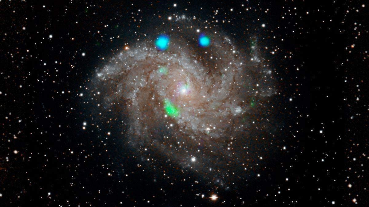 Феєрверки з космосу можна побачити неозброєним оком
