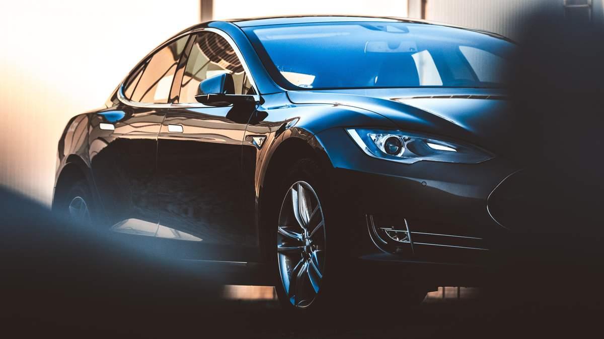 Электрокар Tesla Model S установил еще один невероятный рекорд скорости