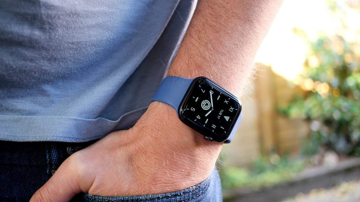 Смарт-часы Apple Watch Series 5 разобрали