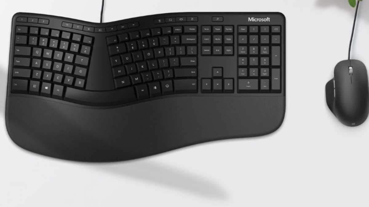 Клавиатура Microsoft Ergonomic Keyboard.