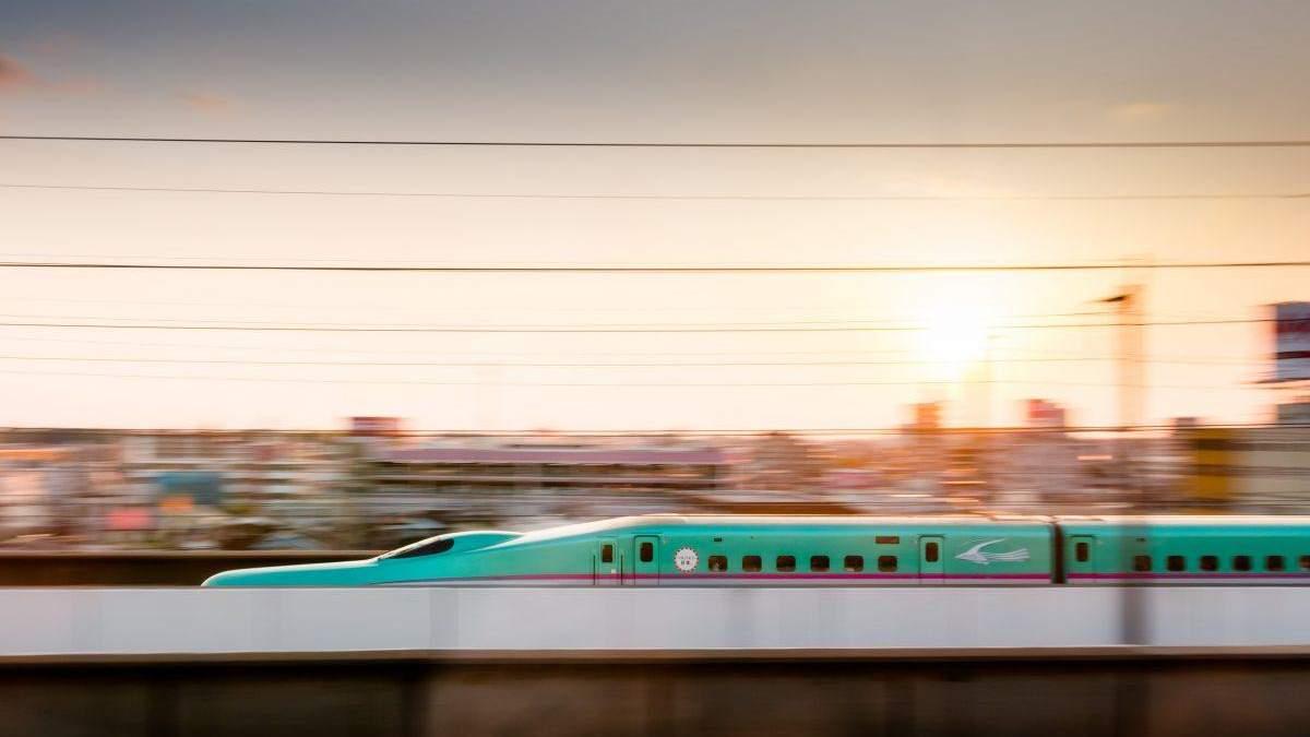 Швидкість 5G порівняли із швидкісним потягом