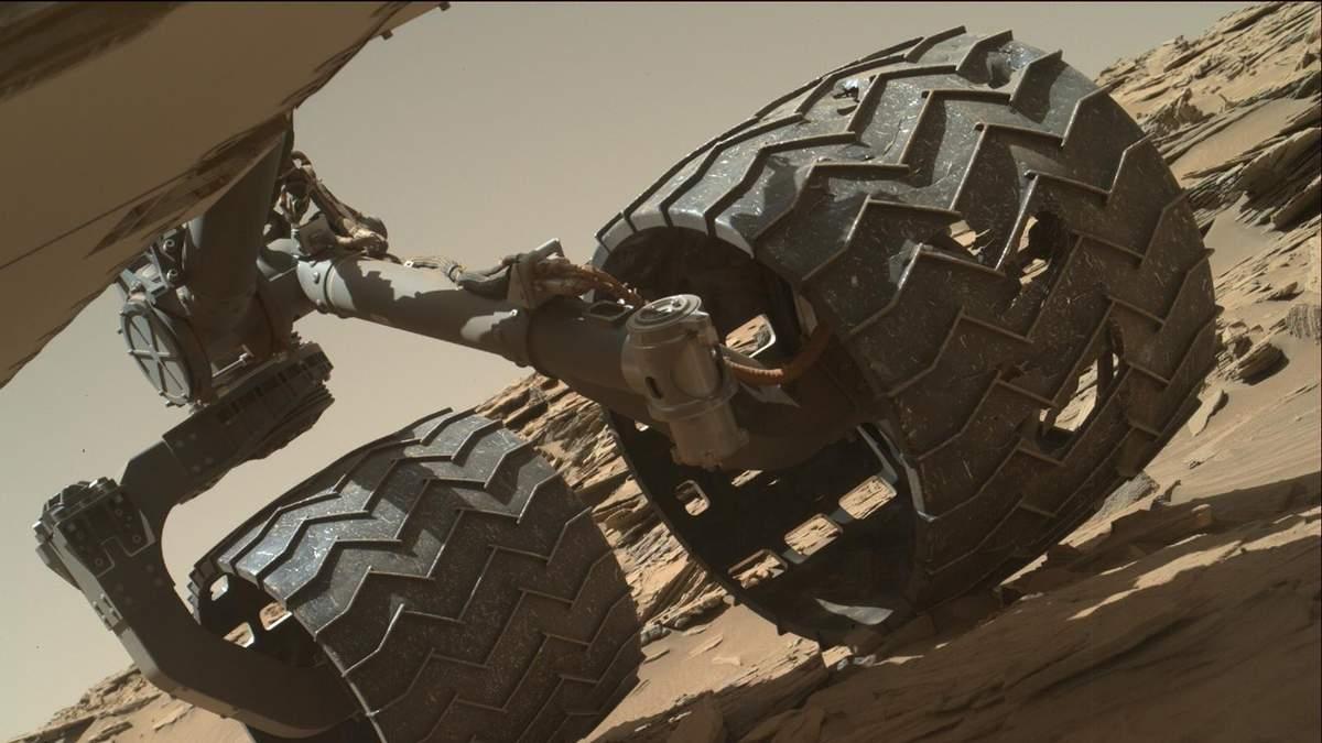 """На Марсе обнаружили следы """"оазиса"""""""
