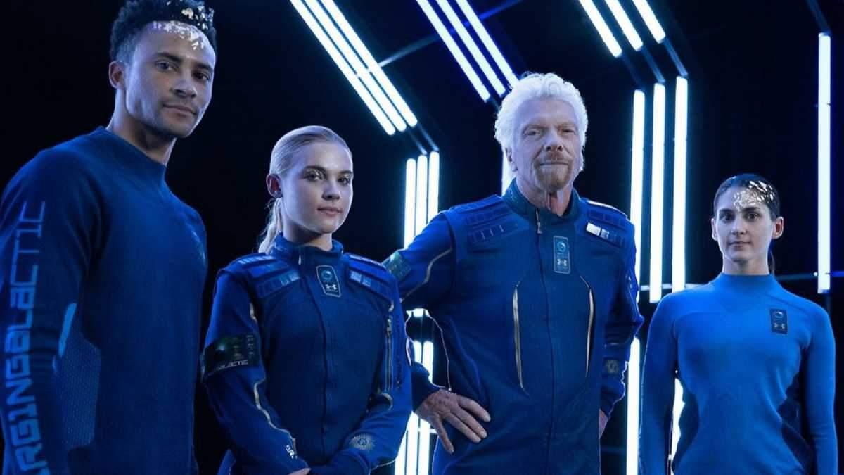 Як виглядатимуть космічні туристи: Virgin показала костюми
