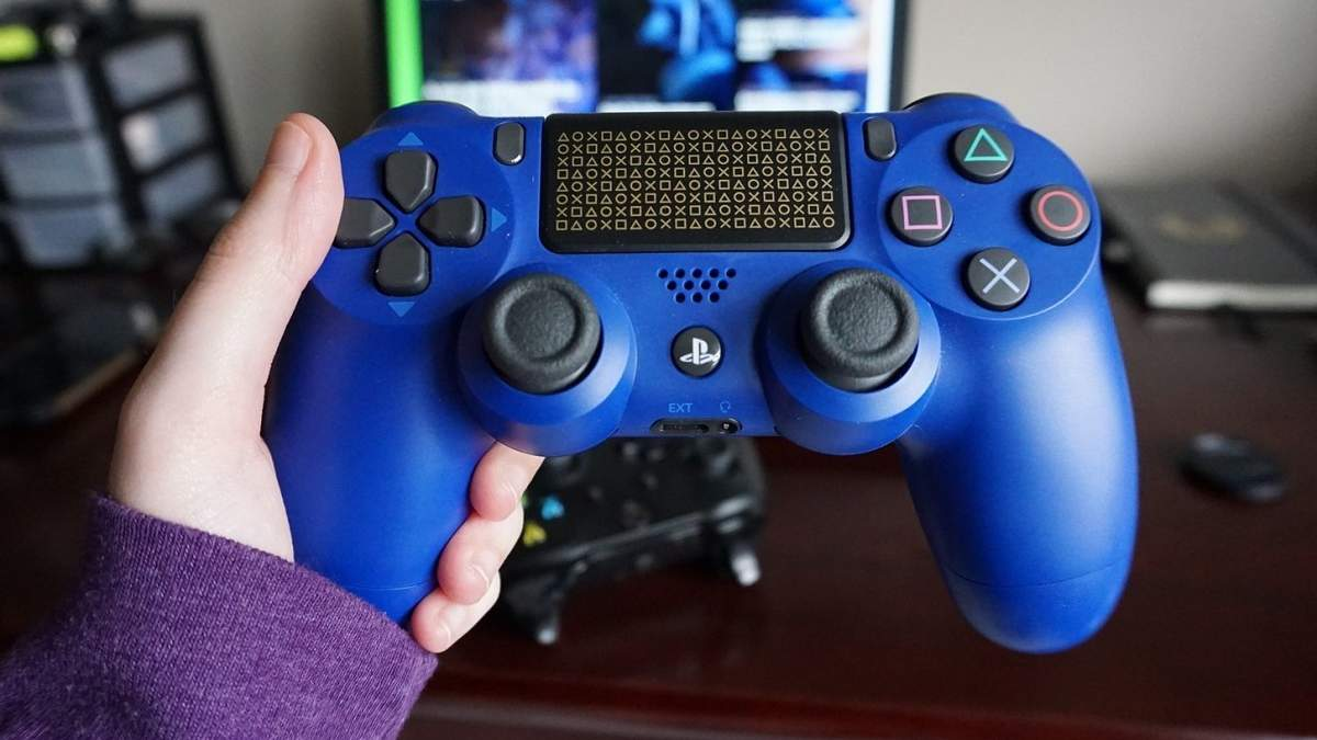 Sony неожиданно добавила в геймпад PlayStation 4 еще две кнопки