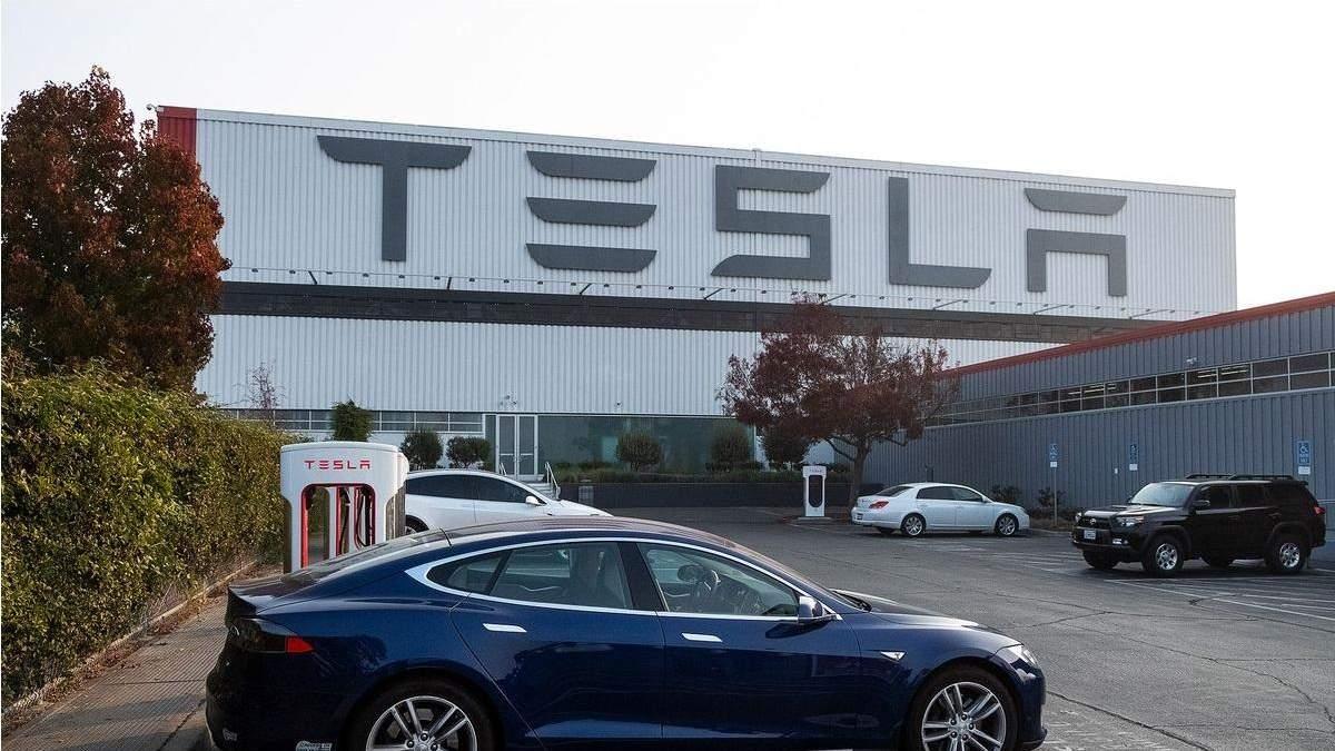Акции Tesla достигли исторического максимума