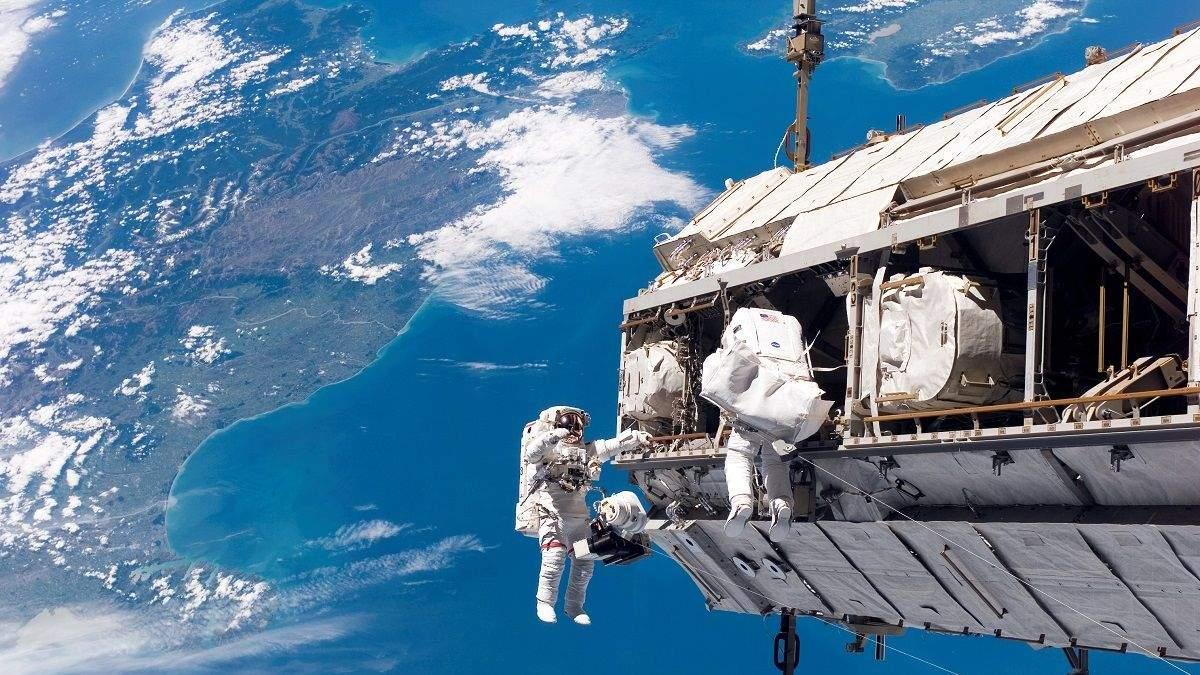 """NASA открывает на МКС космический """"отель"""" для роботов"""