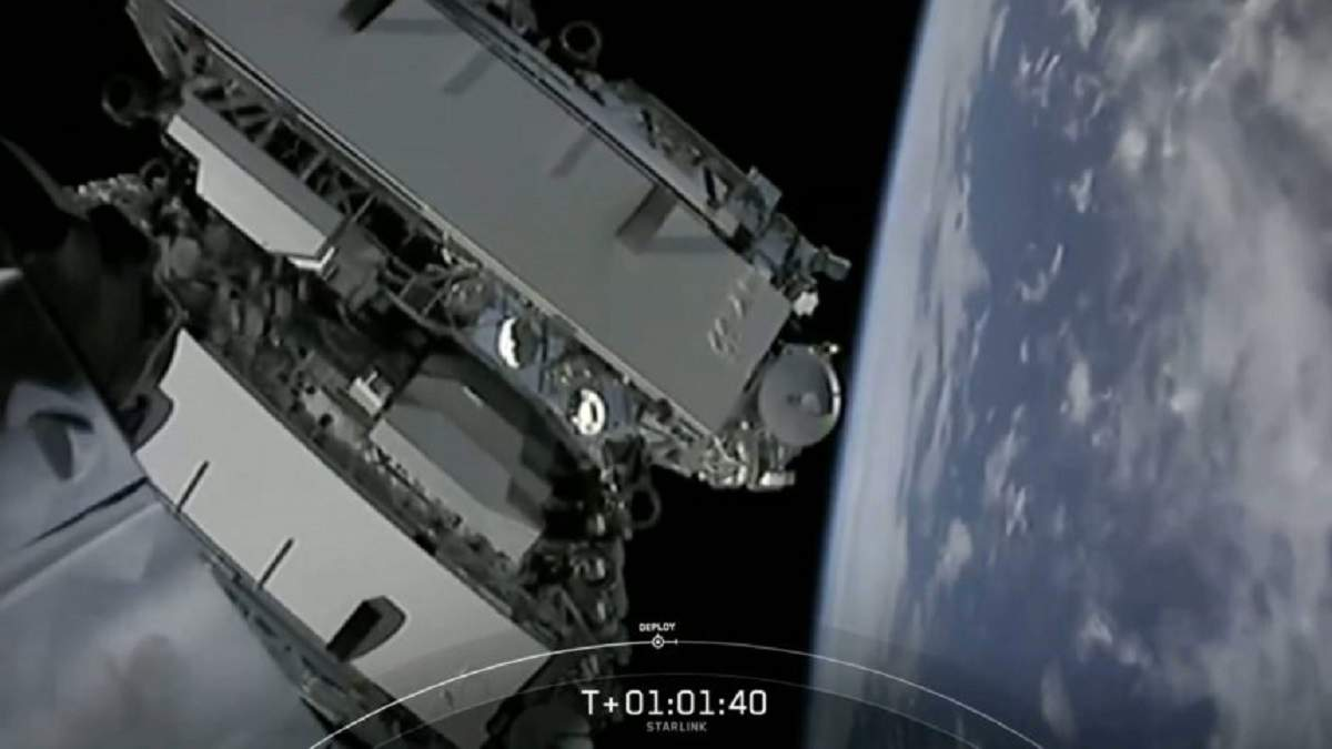 SpaceX вывела на орбиту еще 60 спутников Starlink