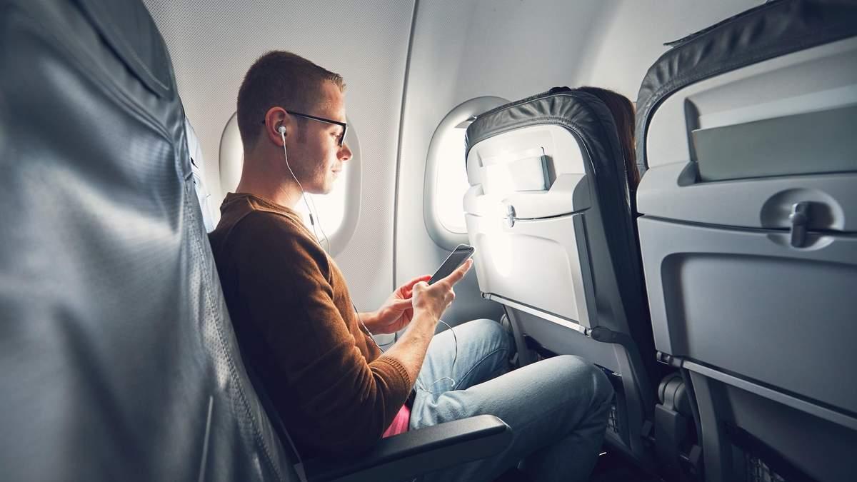 Украинцы смогут пользоваться интернетом на борту самолетов