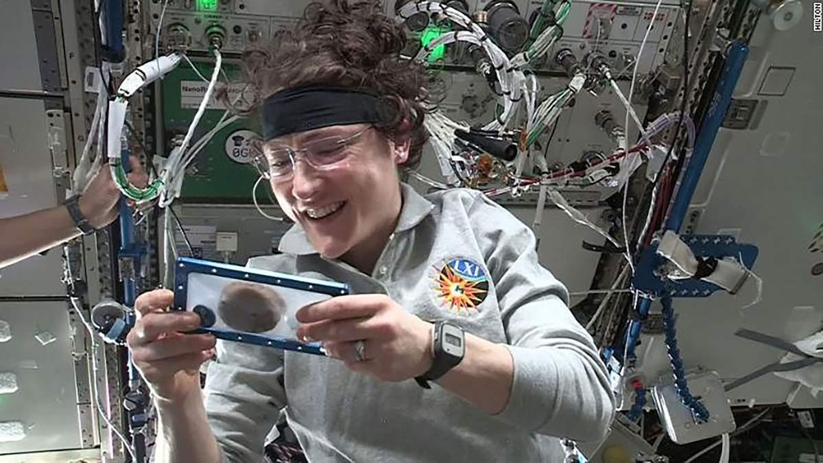 У космосі вперше спекли печиво: вражаюче відео