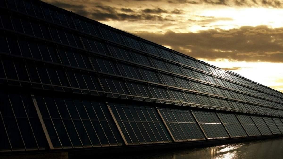 Інженери розробили незвичні сонячні елементи, які працюють вночі