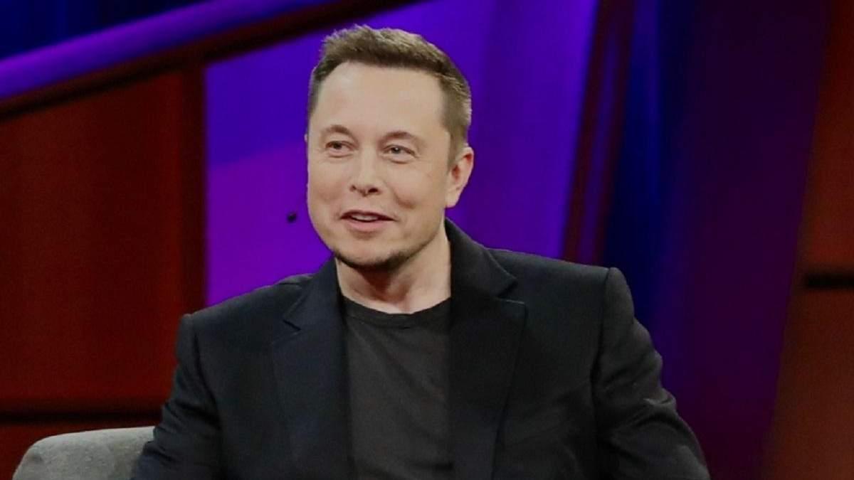 """Маск назвав останню машину зі свого """"таємного плану"""""""