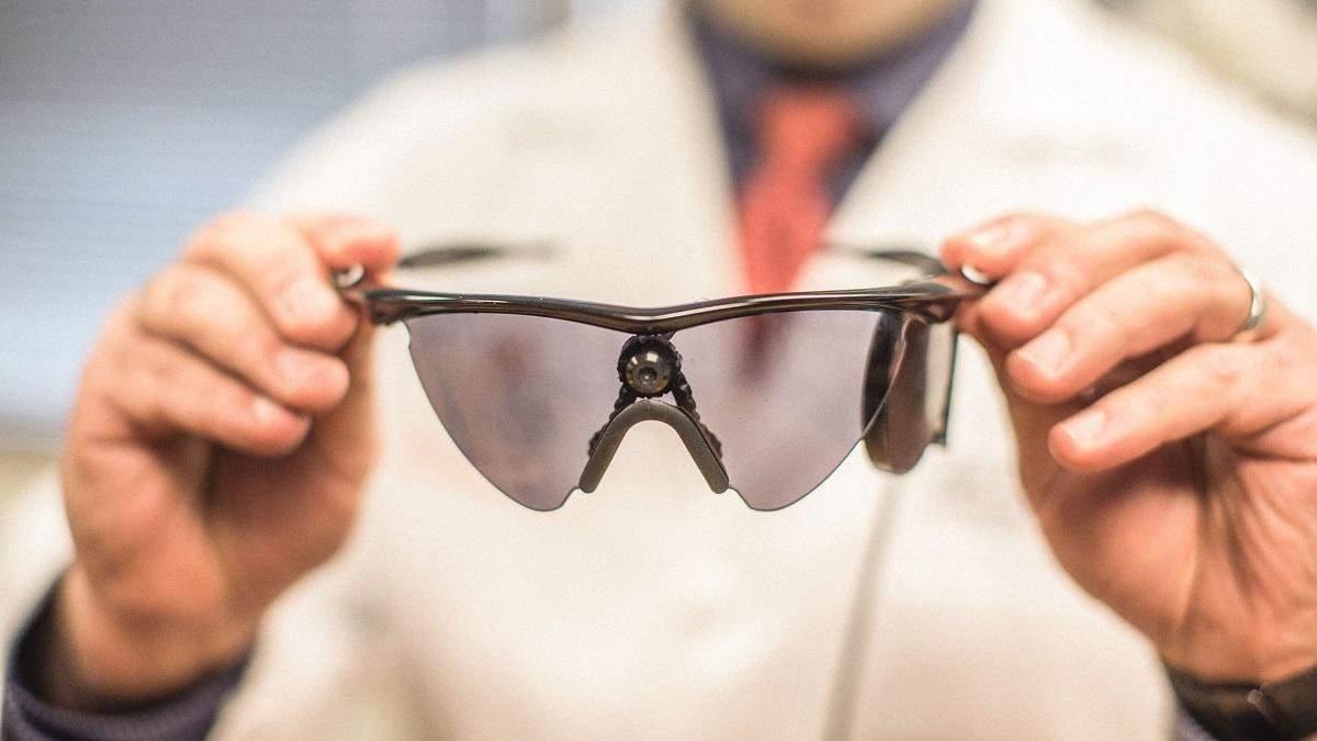 Біонічне око відновило жінці здатність бачити