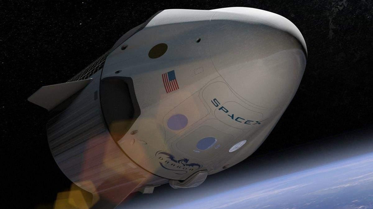 SpaceX будет возить туристов в космос на рекордную высоту