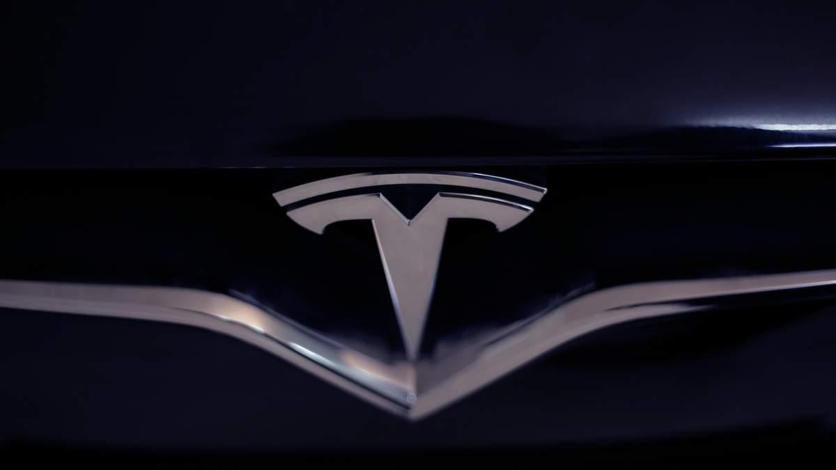 Мы не сможем этого сделать, – японские специалисты о бортовом компьютере Tesla