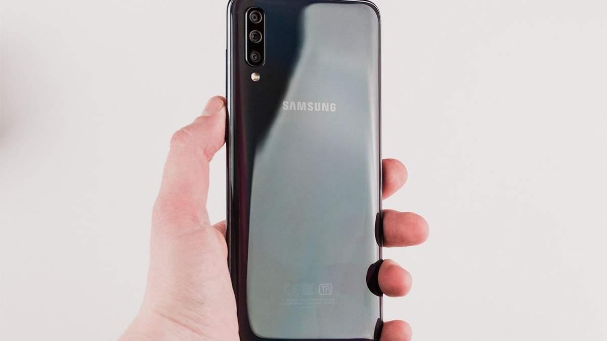 Владельцы смартфонов Samsung получили странное уведомление: что оно означает