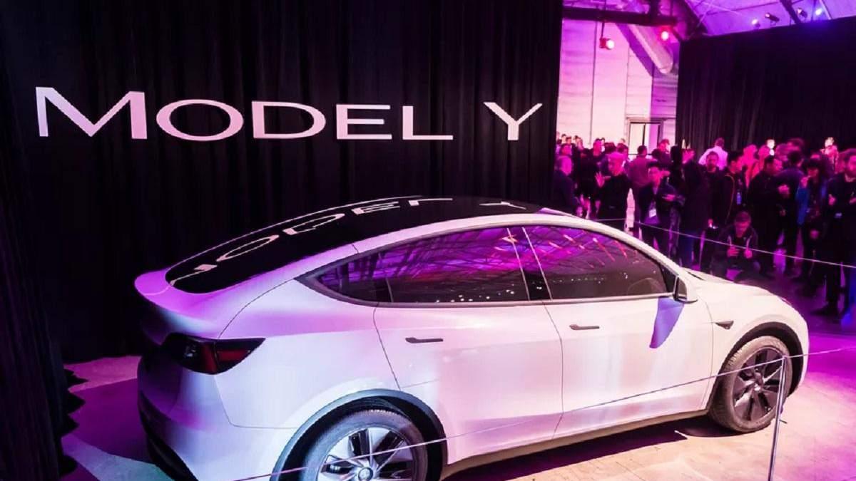 Нова Tesla надійшла у продаж