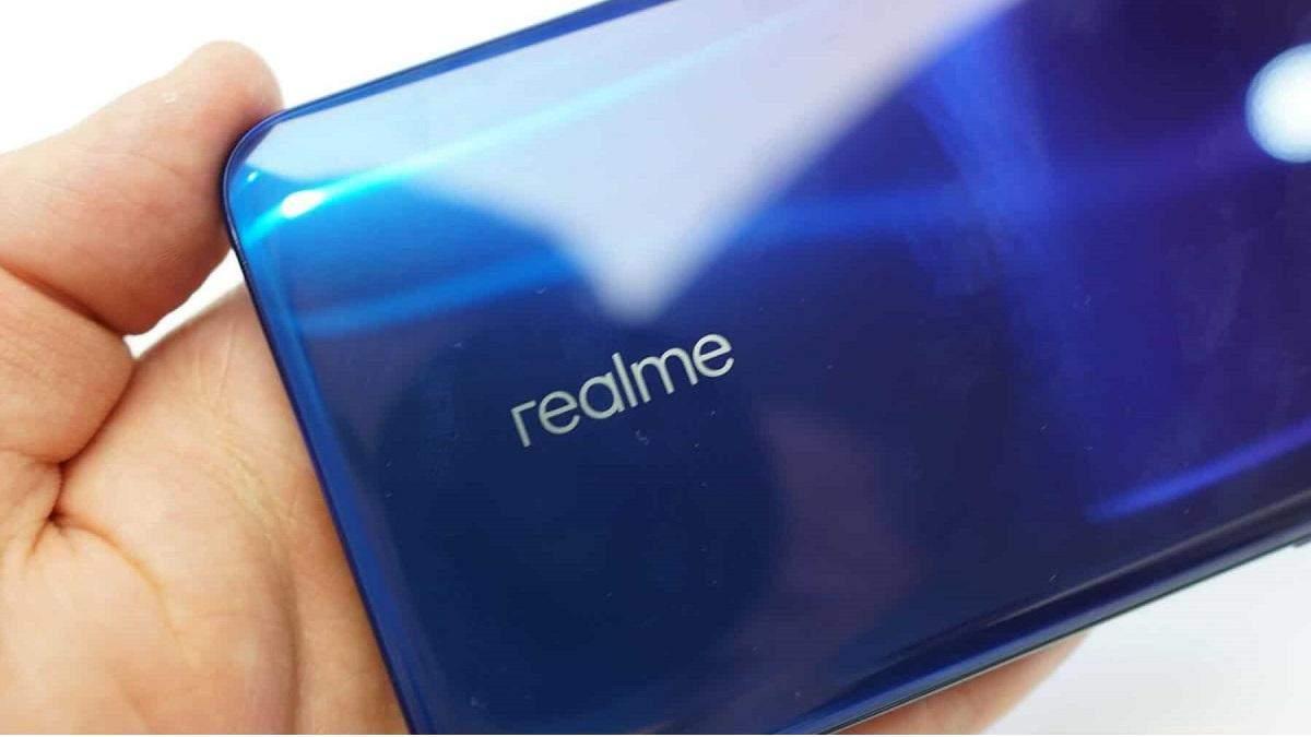 Недорогой геймерский смартфон от Realme