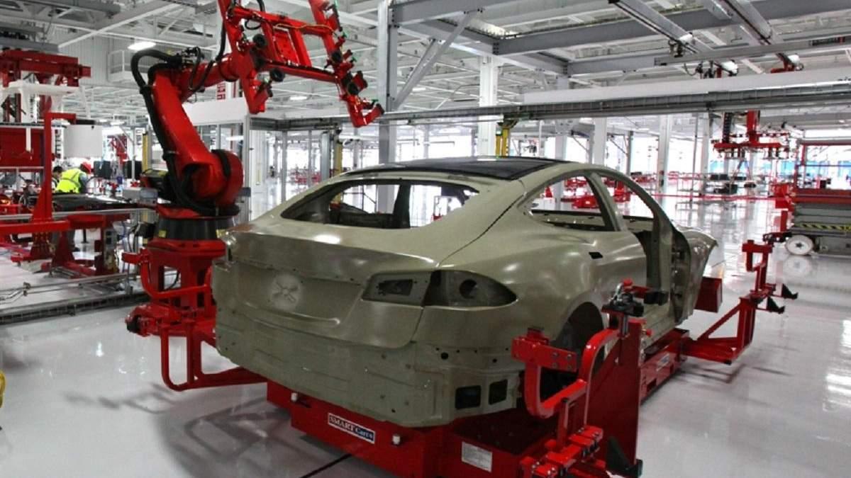 Маск воспользуется карантином, чтобы модернизировать заводы Tesla