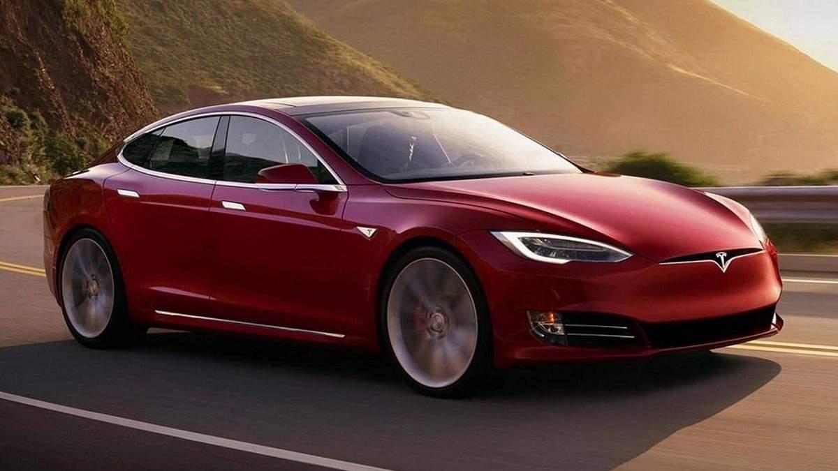 Tesla планує використовувати весь парк випущених автівок для навчання штучного інтелекту