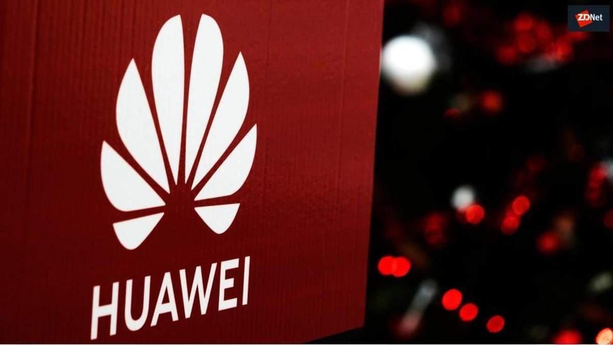 Huawei випустила новий розумний телевізор з висувною камерою