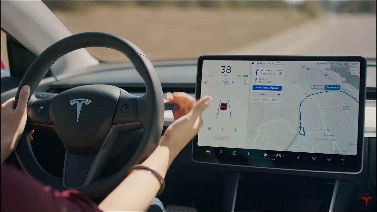 """Маск: """"Автопилот Tesla будет обладать сверхчеловеческими возможностями"""""""
