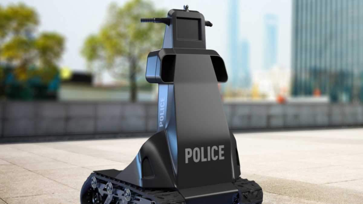 Украинцы разработали робота-полицейского: что он умеет