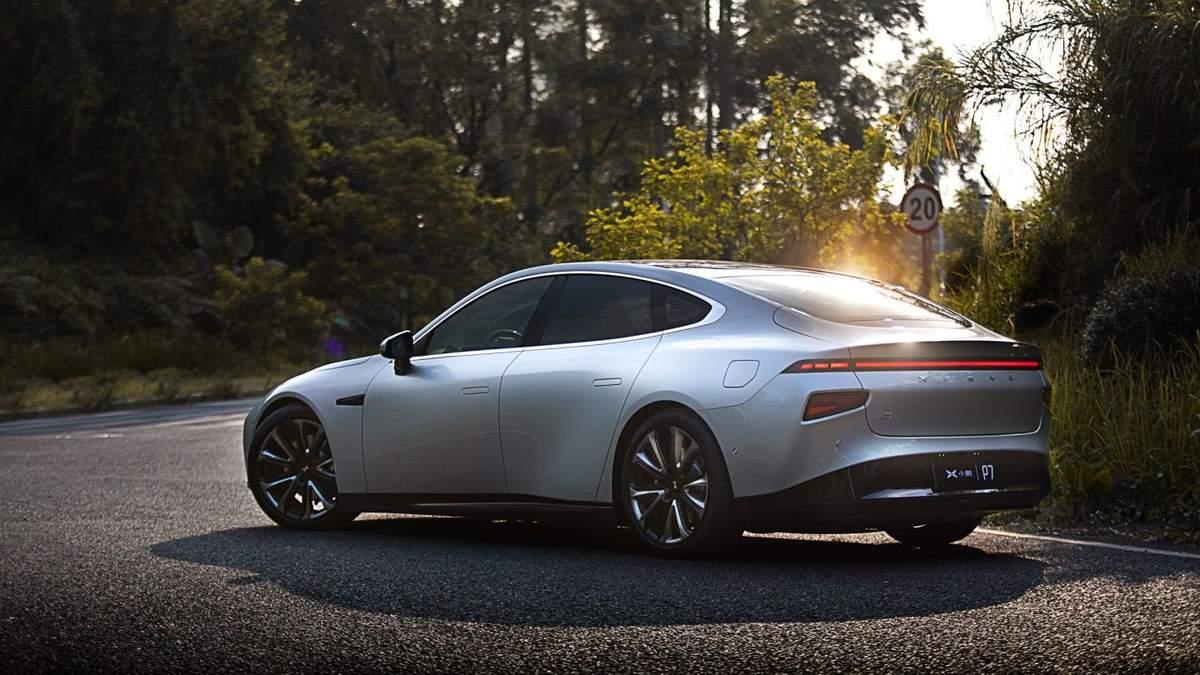 Xpeng P7 может стать конкурентом Tesla Model 3
