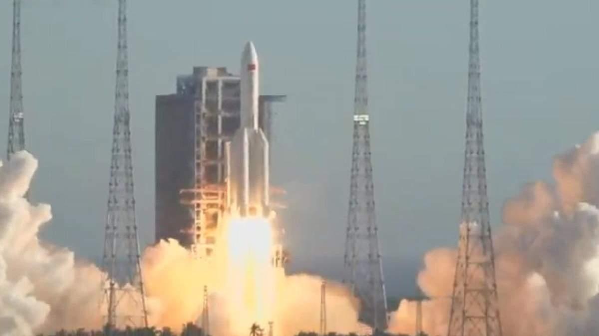 Старт ракеты Chang Zheng-5В