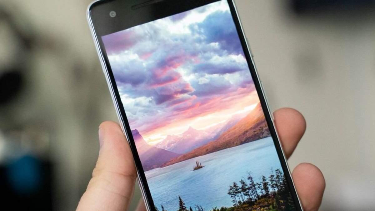 """Шпалери на робочий стіл перетворюють Android-смартфони в """"цеглини"""""""