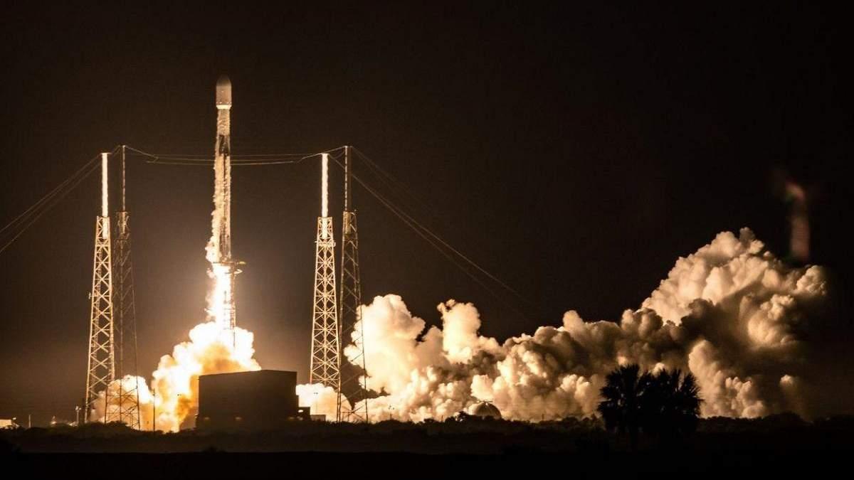 SpaceX Илон Маск вывела на орбиту 60 спутников Starlink