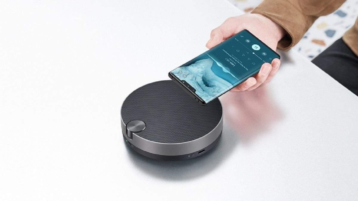 "Huawei представила ""карманную"" Bluetooth-колонку с NFC и сабвуфером"