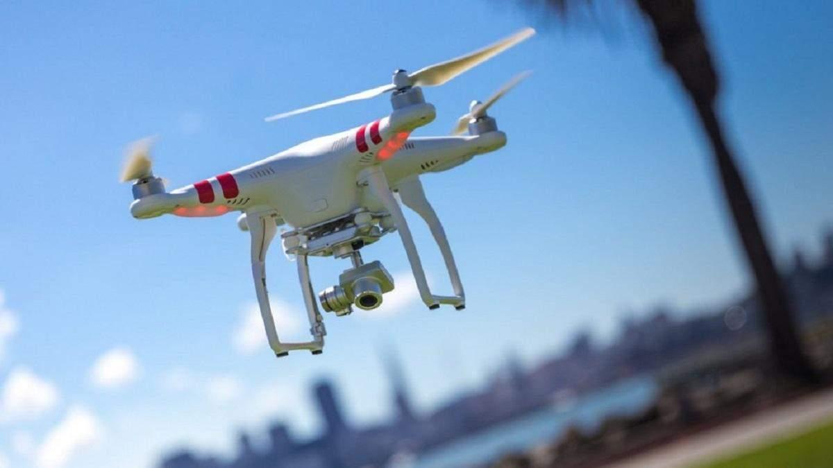 Дослідники розробили систему дронів доставки, які користуються громадським транспортом