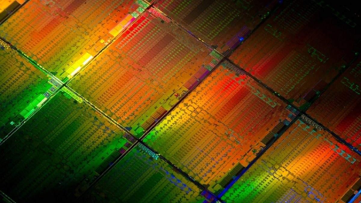 Новый нейроморфный чип превратит смартфоны в суперкомпьютеры