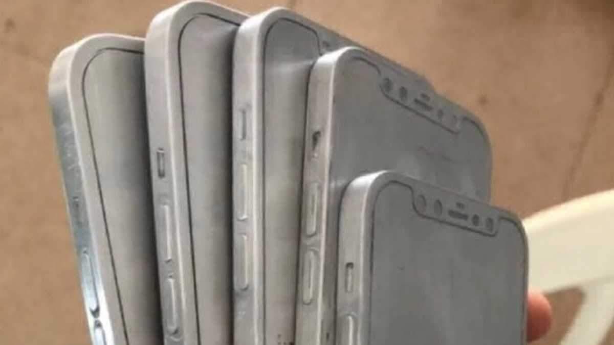 Как будет выглядеть iPhone 12: появились фото и видео макетов