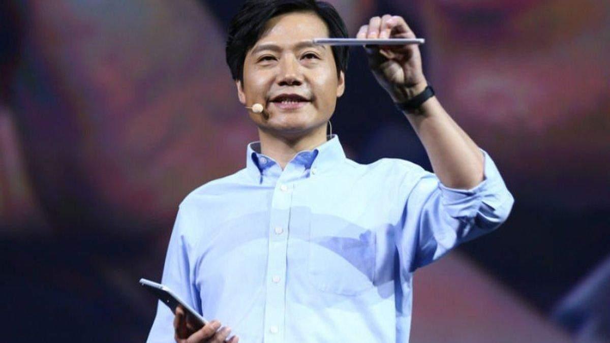 Глава Xiaomi рассказал и показал 3 своих любимых смартфона