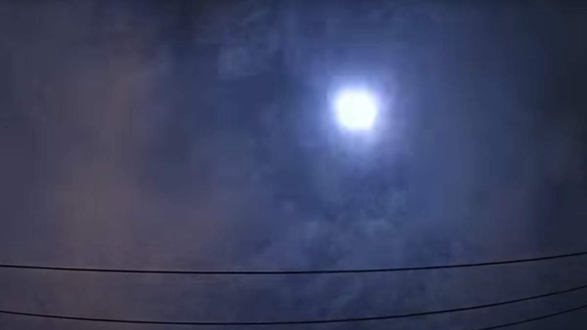 Метеор в Японії 1 липня 2020: фото і відео