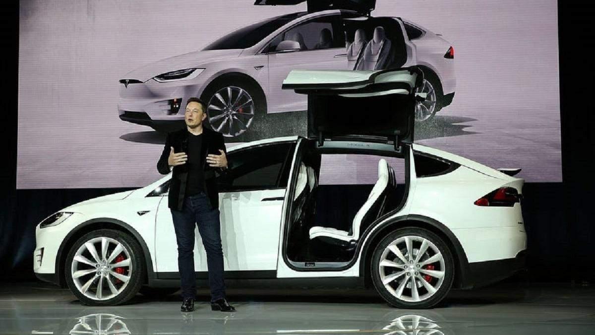 Ілон Маск: Tesla запустить власну страхову компанію