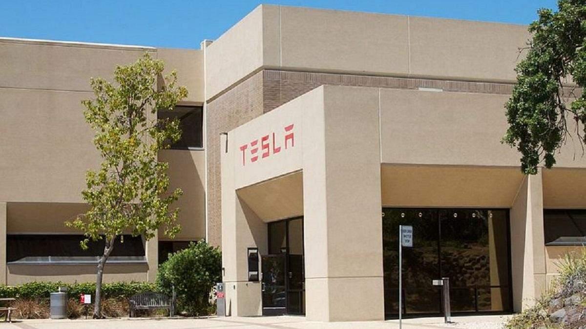 Маск каже, що Tesla готова ділитися своїми технологіями