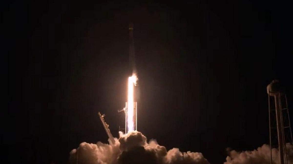 SpaceX запустила Falcon 9: проєкт Starlink – відео