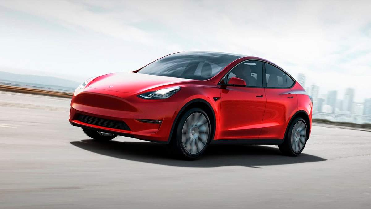 Tesla запустила перший Giga Press – найбільшу ливарну машину в світі