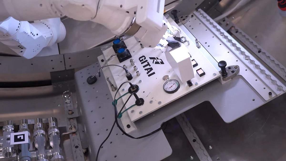 Роборука GITAI S1